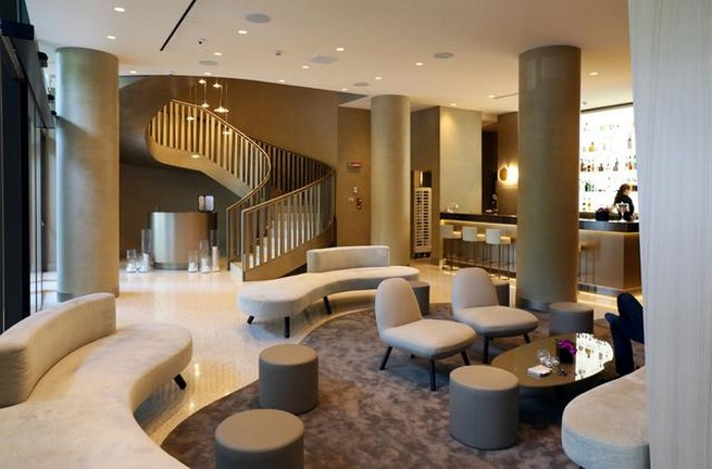 Me milan il duca premiato come miglior hotel 5 stelle for Design hotel italia