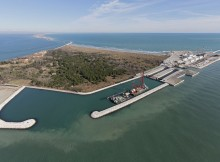 Lavori per il MO.S.E. Bocca di Chioggia, porto rifugio, lato laguna, foto aerea, laguna di Venezia, 06-02-2013