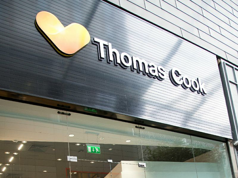 Thomas Cook insegna