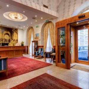 Roscioli hotel-raffaello-1