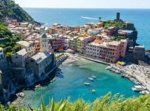 Liguria Vernazza,_Cinque_Terre_(panorama)