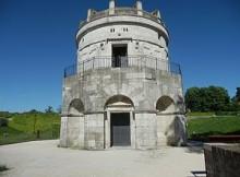 Ravenna Mausoleum_of_Theoderic